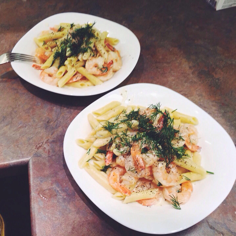 Паста с креветками в сливочно-чесночном соусе рецепт – итальянская ... | 1440x1440