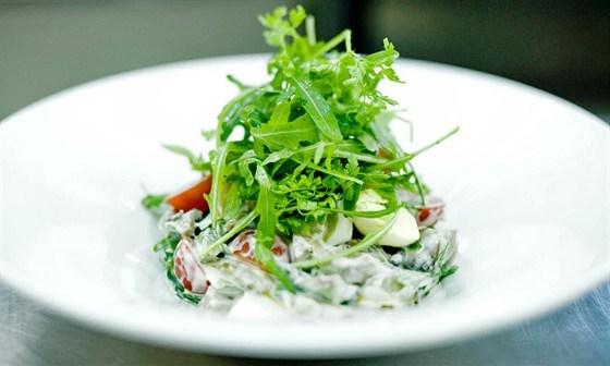 салат с телячьим языком рецепт с гранатом