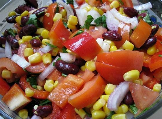 Салат коктейль овощной