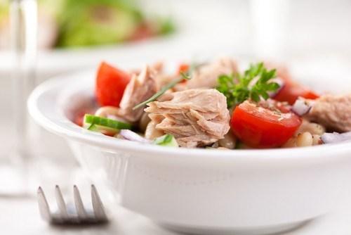 рецепты роллов с тунцом в собственном соку