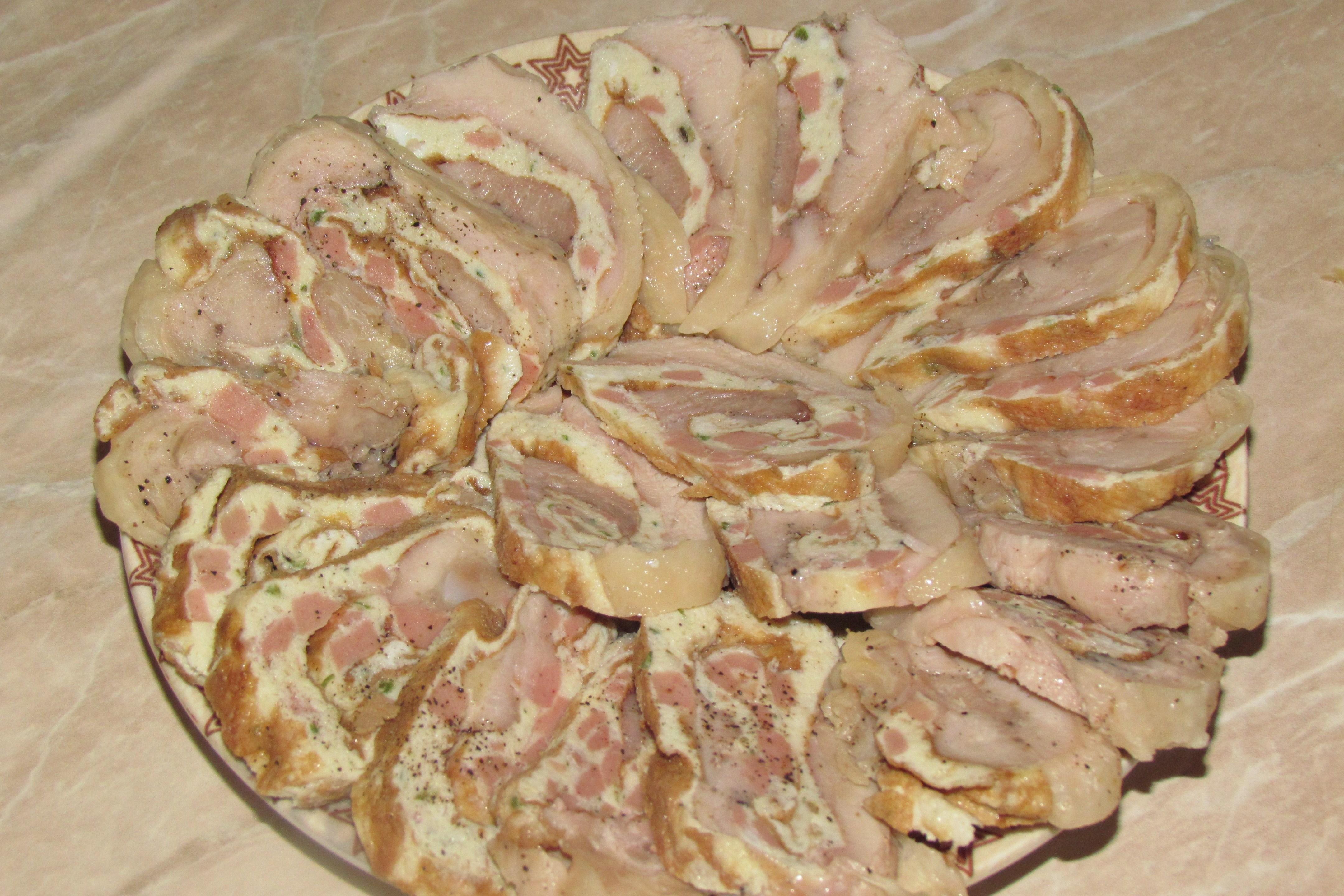 Рулет из целой курицы рецепты с омлетом