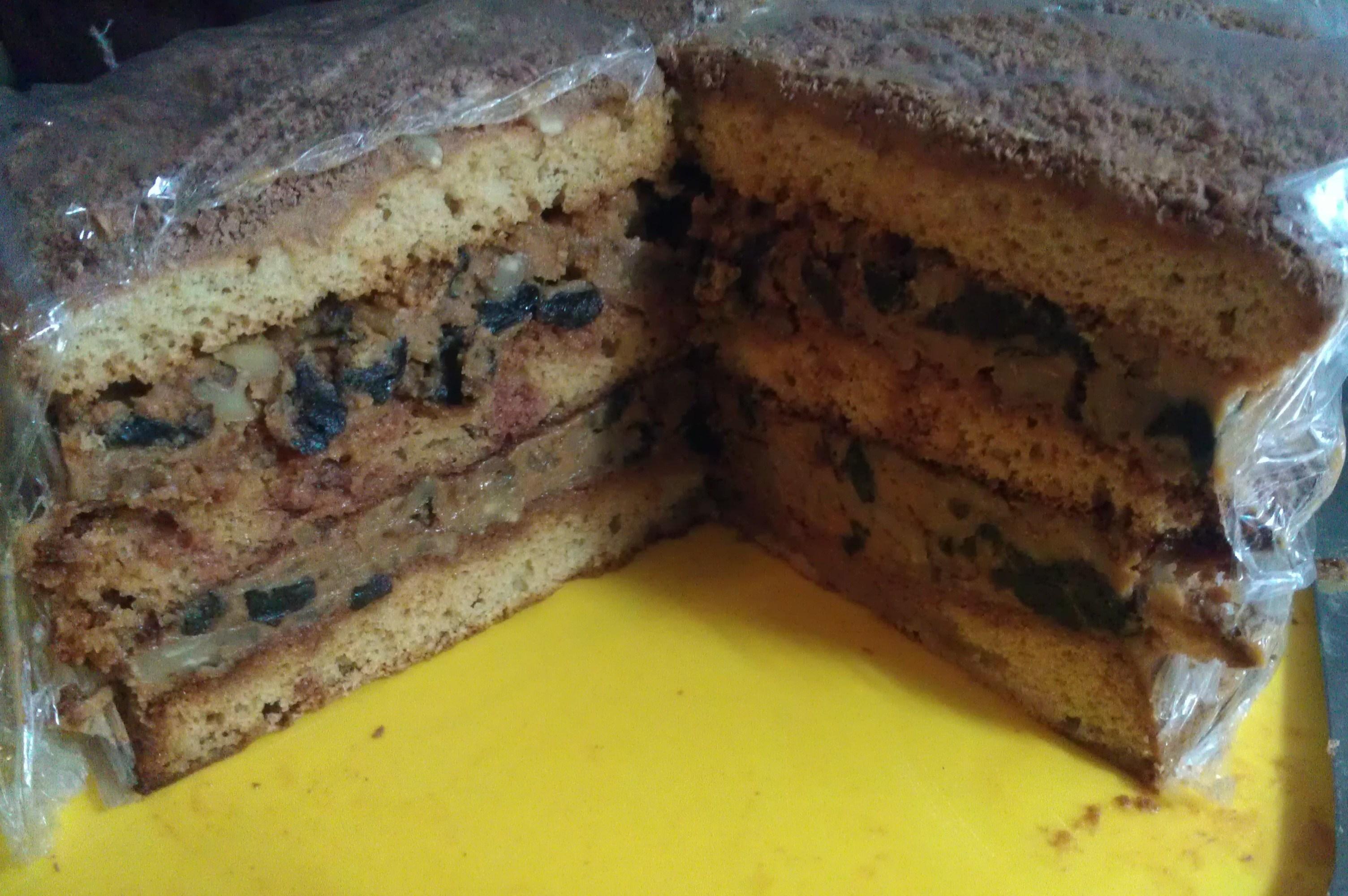 Торт медовый с орехами и черносливом рецепт 166