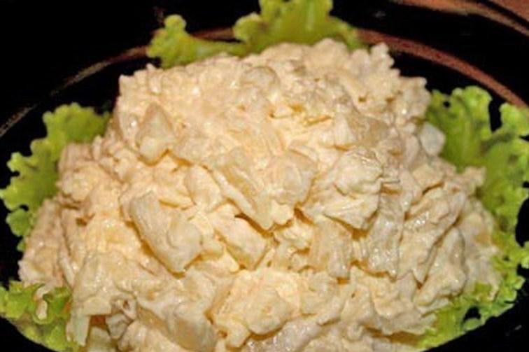 ананасы с курицей салат