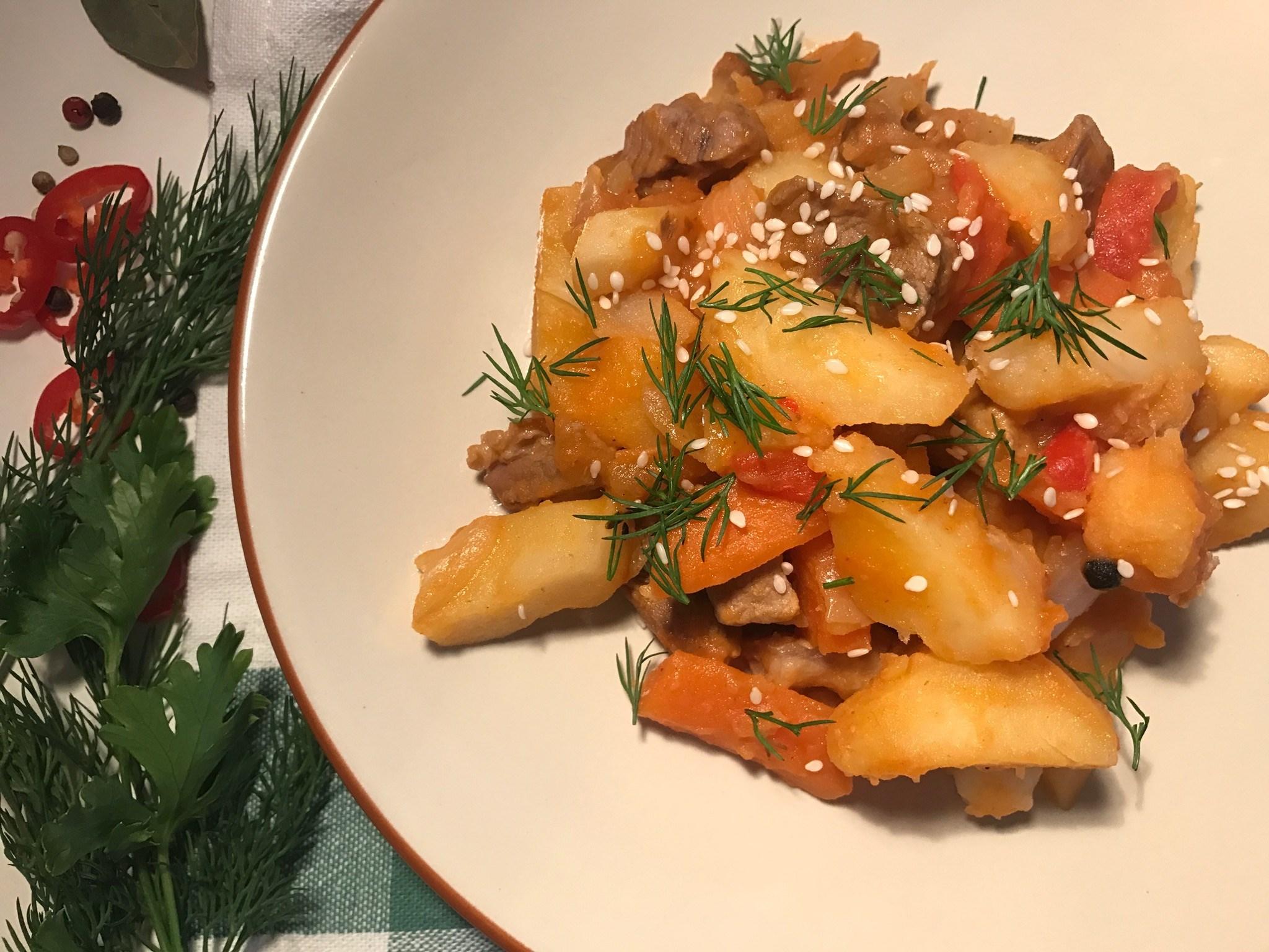 Картошку потушить с тушенкой рецепт с пошагово
